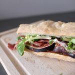 Sandwich jambon cru et figues