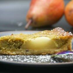 Tarte aux poires et à la pistache