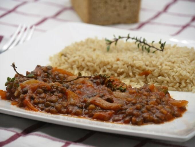 Lentilles sauce tomate